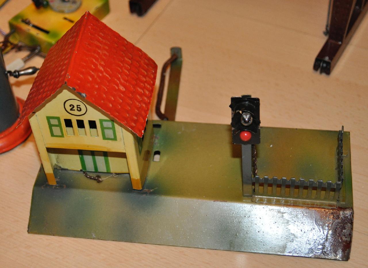 Eisenbahnen Blecheisenbahnzubehör Blechspielzeug